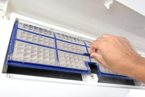 cleaning very dirty air conditioner filter